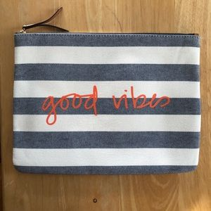 Stella & Dot Good Vibes All In Pouch